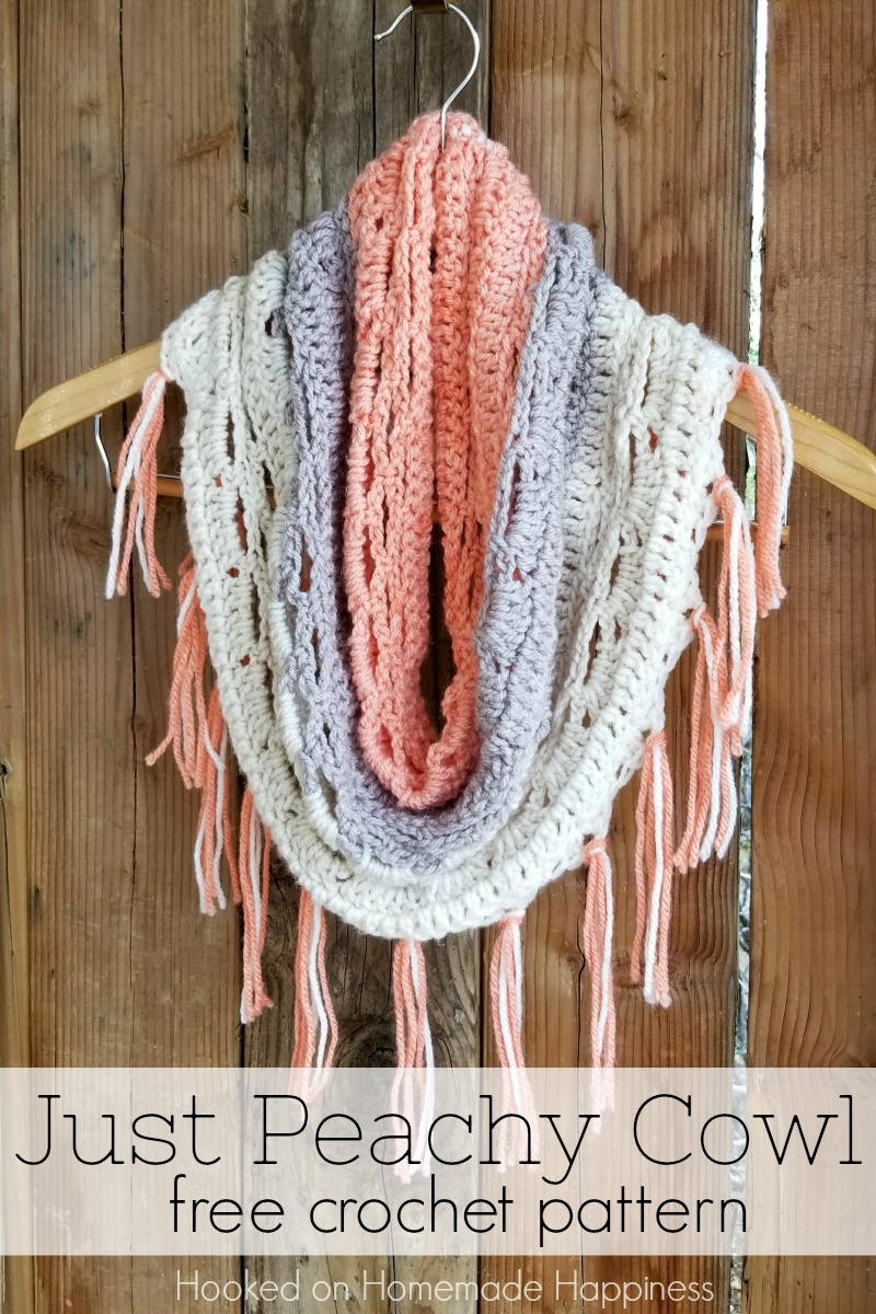 Just Peachy Cowl Crochet Pattern | Hooked on Homemade Happiness