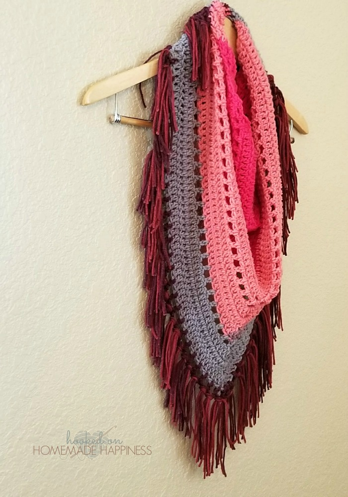 Piece Of Cake Triangle Scarf Hooked On Homemade Happiness