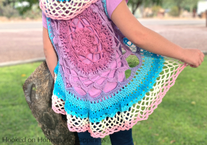Mandala vest Crochet Pattern - Mandala vests are the perfect summer and spring accessory! I used one Lion Brand Mandala Cake for this pattern.
