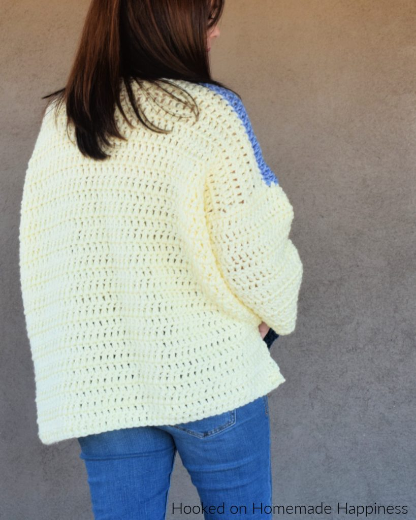Oversized Color Block Sweater Crochet Pattern - This Oversized Color Block Crochet Sweater Pattern is the comfiest & coziest around! It's cute paired with some skinny jeans or perfect for a comfy day around the house.