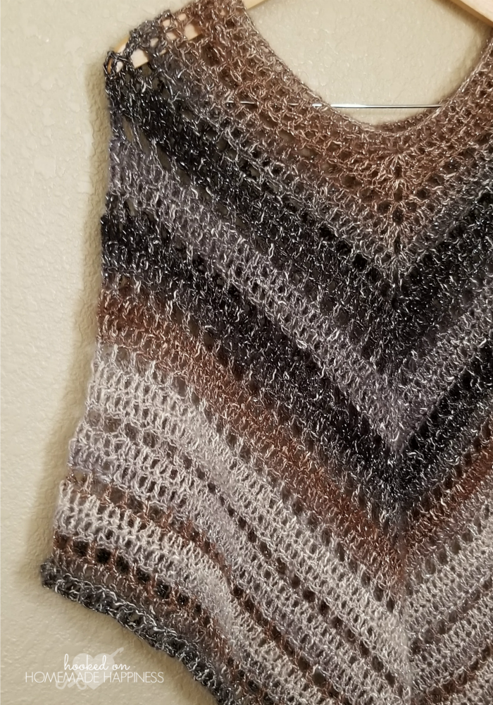 desertlife Crochet Poncho Pattern | Hooked on Homemade Happiness