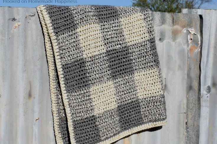 Neutrally Gingham Crochet Baby Blanket Pattern - This Neutrally Gingham Crochet Baby Blanket Pattern is perfect for a baby boy or girl! It uses two strands of worsted weight yarn and an 8.0 mm hook, so it works up fairly quick. I promise, it's easier than it looks! Once you get the hand of the repeat, you'll be hooking this baby blanket up in no time!