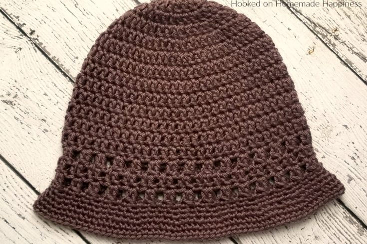 Everyday Bucket Hat Crochet Pattern - The Everyday Crochet Bucket Hat Pattern is a cute and comfortable hat. Plus, it's easy to make! #crochethat #crochetbeanie #freecrochetpattern
