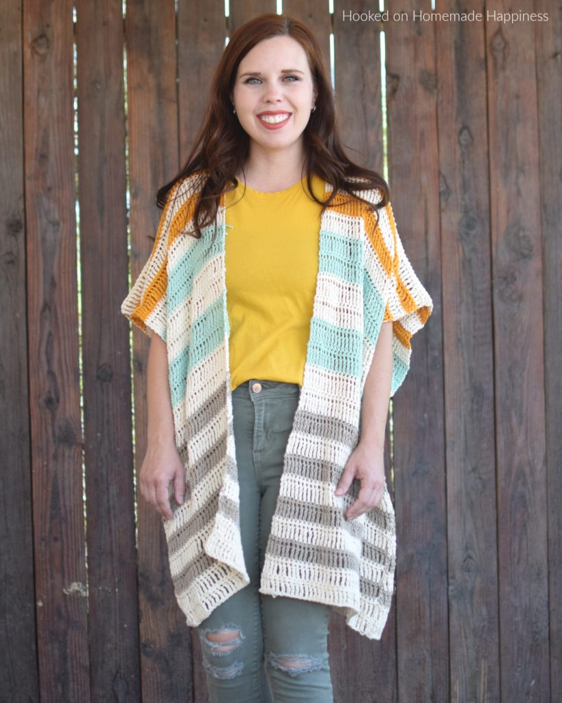 Bahama Mama Ruana Crochet Pattern - The Bahama Mama Ruana Crochet Pattern is a stylish, oversized, and flowy cardigan. It's a great transitional piece for fall and spring!