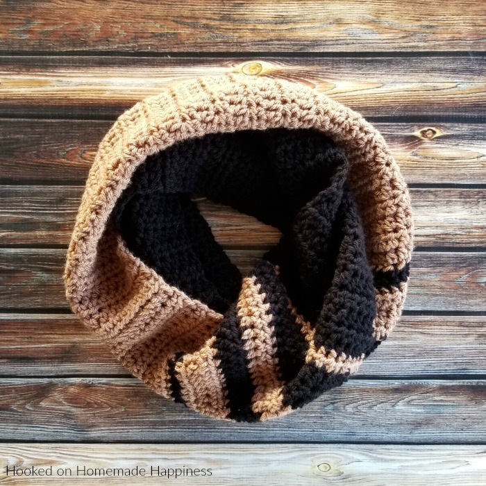 Two Tone Infinity Scarf Crochet Pattern - The Two-Tone Infinity Scarf Crochet Pattern can be worn long or wrapped up and cozy around the neck. I went with neutral colors for mine, but I think two bright colors or even jewel tones would be so pretty.