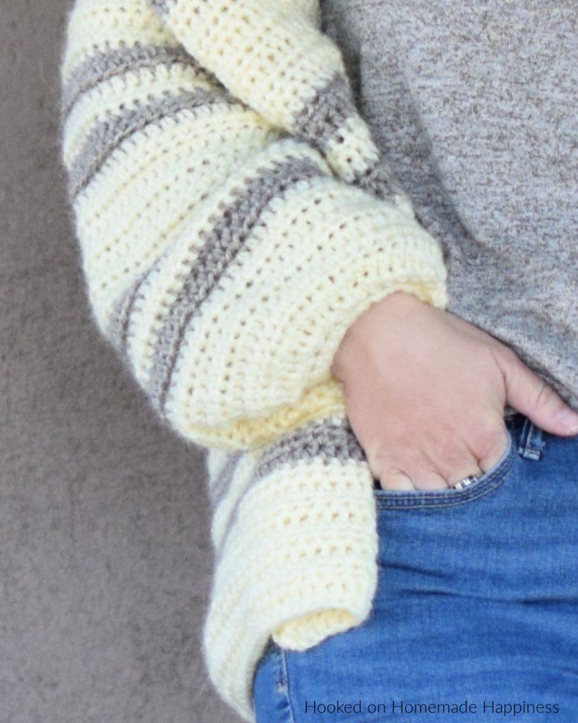 Cozy Cardi Crochet Pattern - The Cozy Cardi Crochet Pattern is a super easy beginner level pattern with very little sewing!