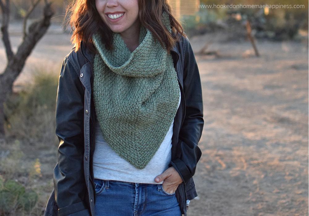 Moss Boss Cowl Crochet Pattern - The Moss Boss Cowl Crochet Pattern uses one of my favorite classic stitches, the moss stitch!